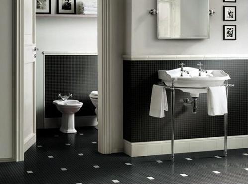 bagni in bianco nero, mosaici